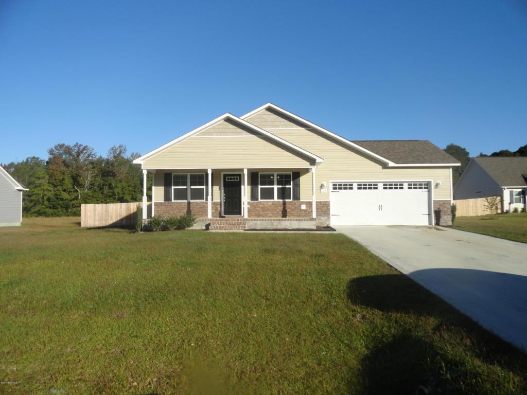 208 Russell Farm Drive, Hubert, NC 28539 (MLS #100033422) :: Century 21 Sweyer & Associates