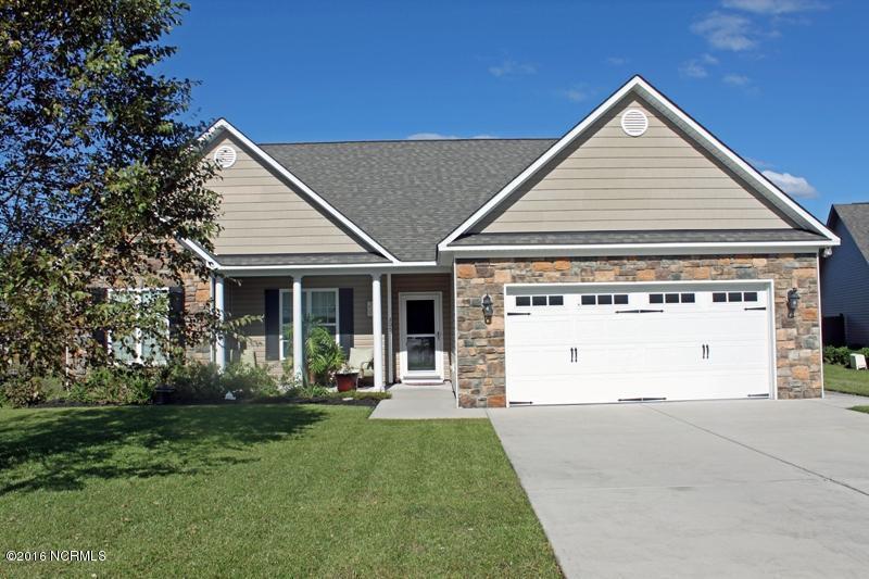 205 Conifer Drive, Hampstead, NC 28443 (MLS #100033491) :: Century 21 Sweyer & Associates