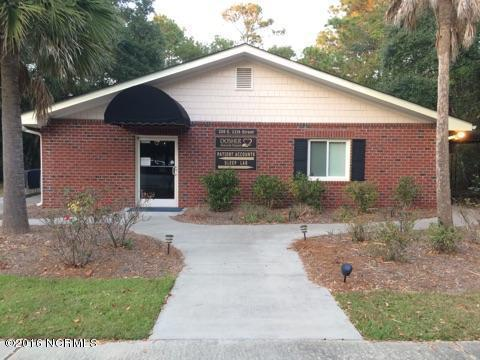 250 E 11th Street E, Southport, NC 28461 (MLS #100035213) :: David Cummings Real Estate Team