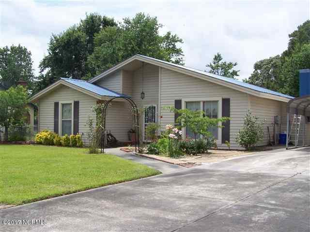 504 S Pine Cone Lane, Jacksonville, NC 28546 (MLS #100046996) :: Coldwell Banker Sea Coast Advantage