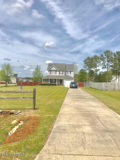 106 Hunt Drive, Hubert, NC 28539 (MLS #100057587) :: Century 21 Sweyer & Associates