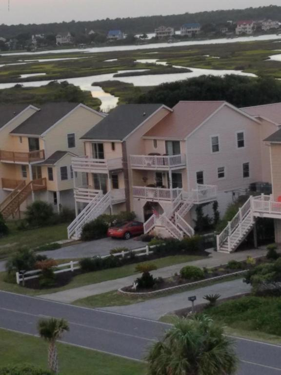 1975 New River Inlet Road, North Topsail Beach, NC 28460 (MLS #100058291) :: Century 21 Sweyer & Associates