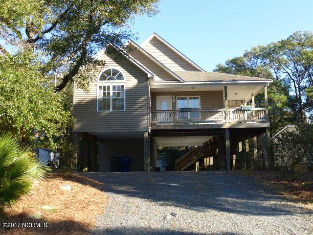 114 2nd Street SE, Oak Island, NC 28465 (MLS #100090400) :: Coldwell Banker Sea Coast Advantage
