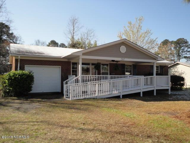 207 Speight Street, Havelock, NC 28532 (MLS #100105238) :: Coldwell Banker Sea Coast Advantage