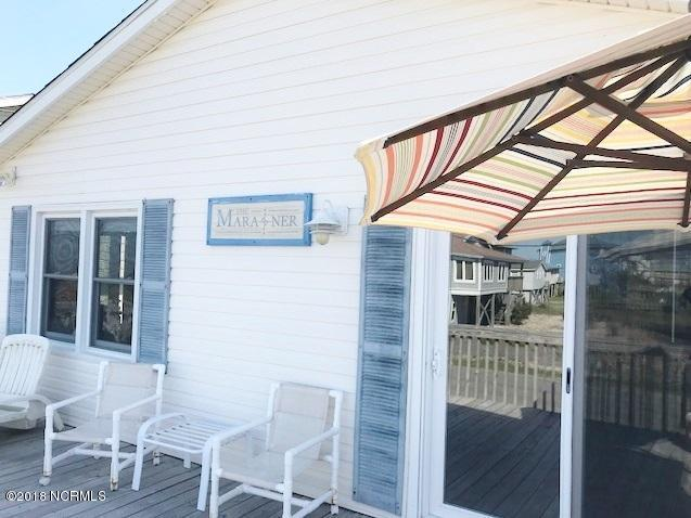 103 Trout Avenue, Topsail Beach, NC 28445 (MLS #100113782) :: Courtney Carter Homes