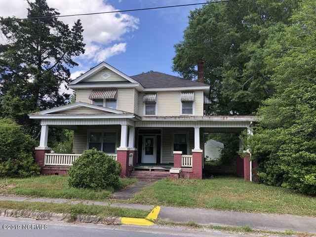 453 Queen Street, Grifton, NC 28530 (MLS #100180692) :: The Pistol Tingen Team- Berkshire Hathaway HomeServices Prime Properties