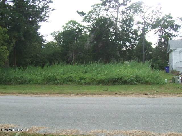5107 Minnesota Drive SE, Southport, NC 28461 (MLS #100230060) :: Carolina Elite Properties LHR