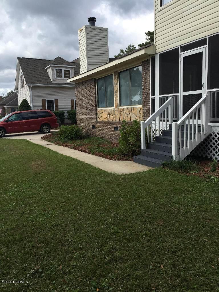 513 Shoreline Drive - Photo 1