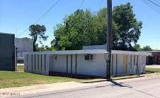 909 S Lee Street, Whiteville, NC 28472 (MLS #100273815) :: David Cummings Real Estate Team