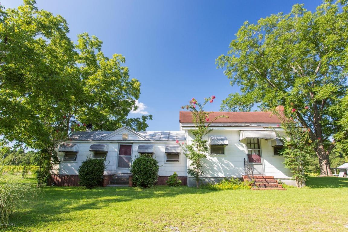 486 Swansboro Loop Road, Swansboro, NC 28584 (MLS #11404015) :: Century 21 Sweyer & Associates