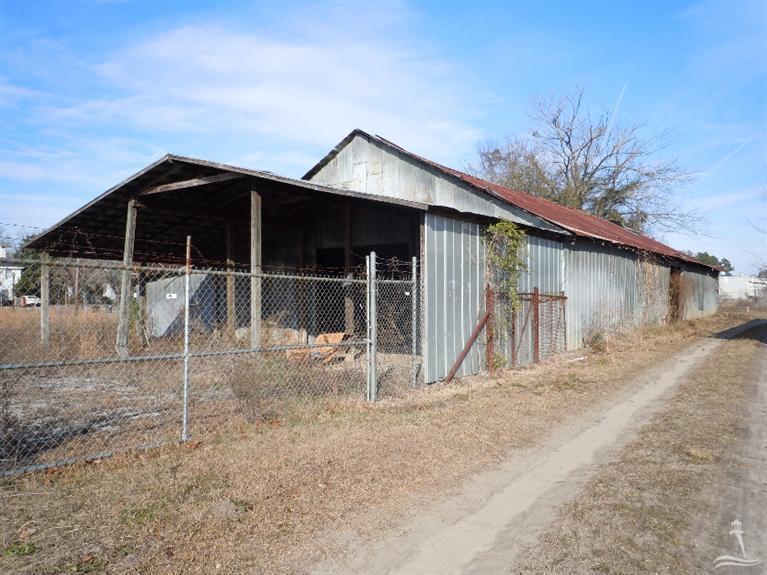 1025 Main Street, Fair Bluff, NC 28439 (MLS #20688956) :: Century 21 Sweyer & Associates