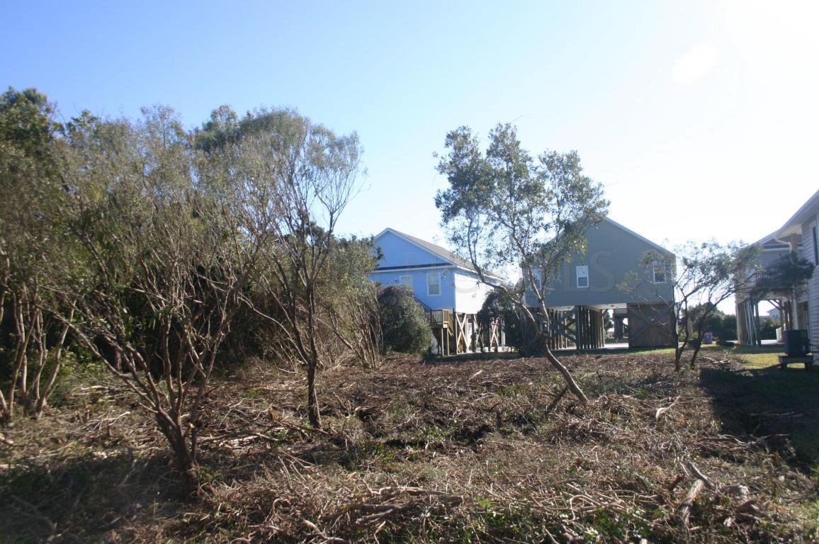 East Beach Dr Oak Island