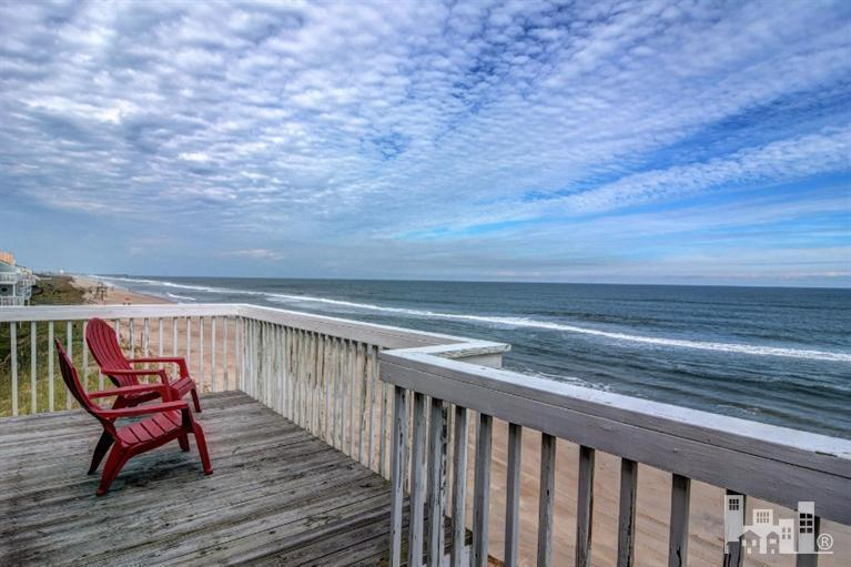 1100 S Fort Fisher Boulevard S #1102, Kure Beach, NC 28449 (MLS #30528874) :: Century 21 Sweyer & Associates