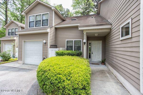 933 Birch Creek Drive, Wilmington, NC 28403 (MLS #30530237) :: Century 21 Sweyer & Associates
