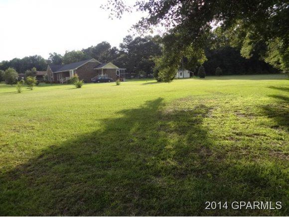7 Huntingridge Road, Greenville, NC 27834 (MLS #50115202) :: Century 21 Sweyer & Associates