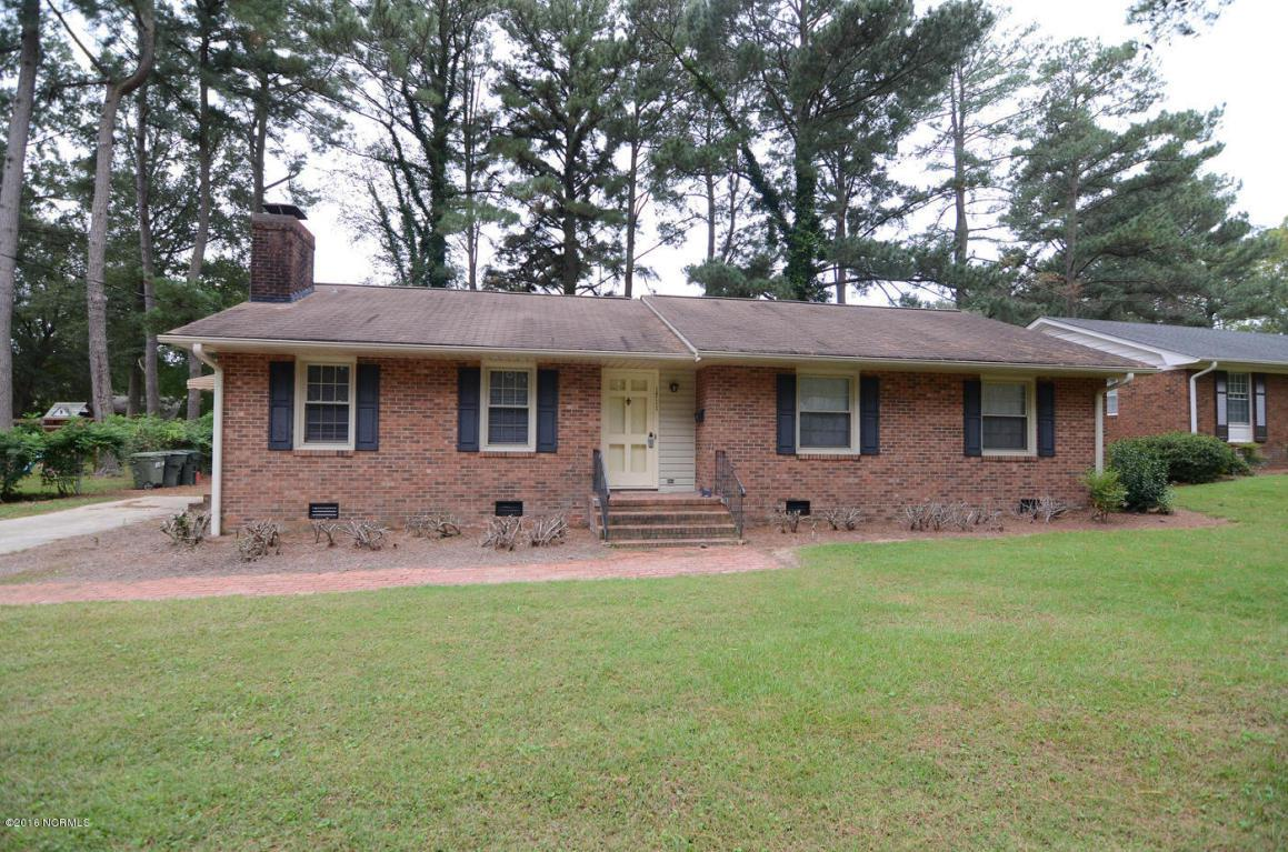 1711 W Woodside Drive W, Wilson, NC 27893 (MLS #60054610) :: Century 21 Sweyer & Associates