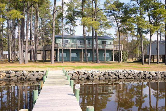 1811 Old Pamlico Bch Road W, Belhaven, NC 27810 (MLS #70032929) :: Century 21 Sweyer & Associates
