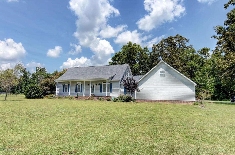 106 William Pearce Road, Kinston, NC 28501 (MLS #80175333) :: Century 21 Sweyer & Associates