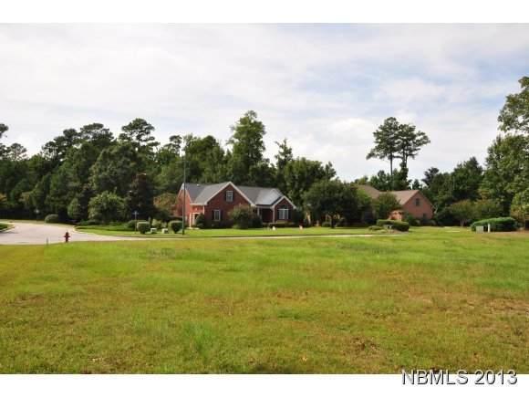 305 Emmen Road, New Bern, NC 28562 (MLS #90091677) :: Berkshire Hathaway HomeServices Prime Properties