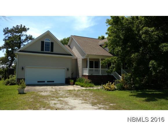 221 Long Creek Drive, Havelock, NC 28532 (MLS #90103872) :: Century 21 Sweyer & Associates