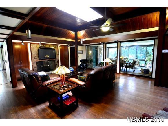414 Rockledge Road, New Bern, NC 28562 (MLS #90104217) :: Century 21 Sweyer & Associates