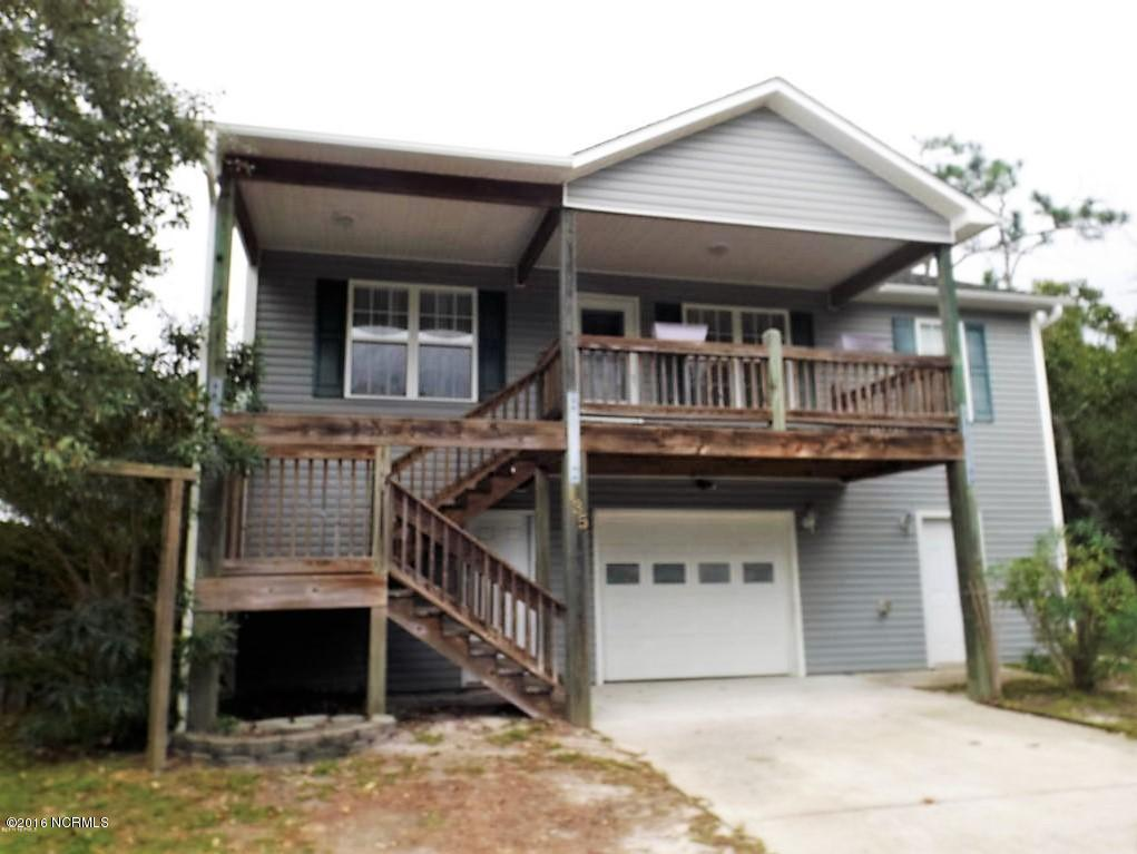 135 NE 11th Street, Oak Island, NC 28465 (MLS #100007121) :: Century 21 Sweyer & Associates