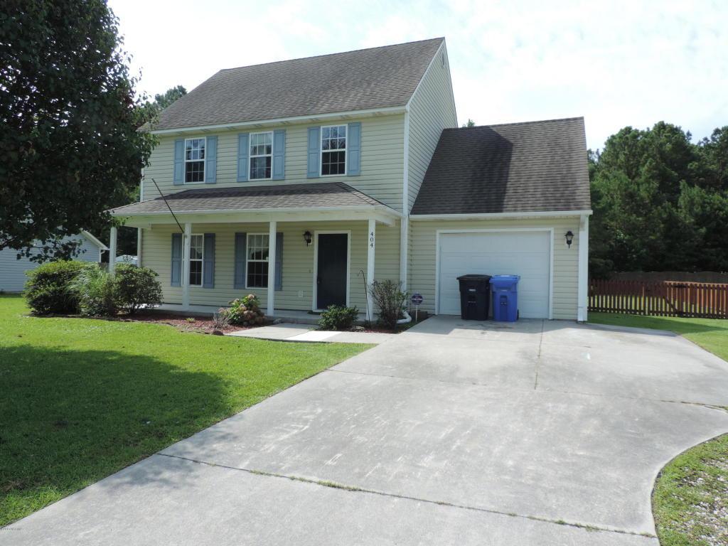 404 Commons Drive S, Jacksonville, NC 28546 (MLS #100015857) :: Century 21 Sweyer & Associates