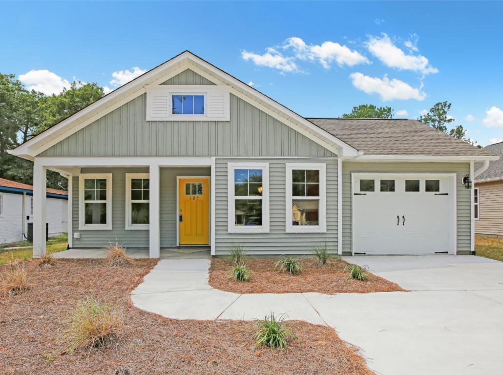 105 NE 16th Street, Oak Island, NC 28465 (MLS #100022806) :: Century 21 Sweyer & Associates