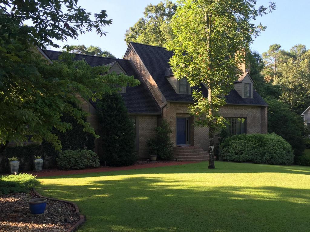 2303 Oakview Drive, New Bern, NC 28562 (MLS #100023925) :: Century 21 Sweyer & Associates