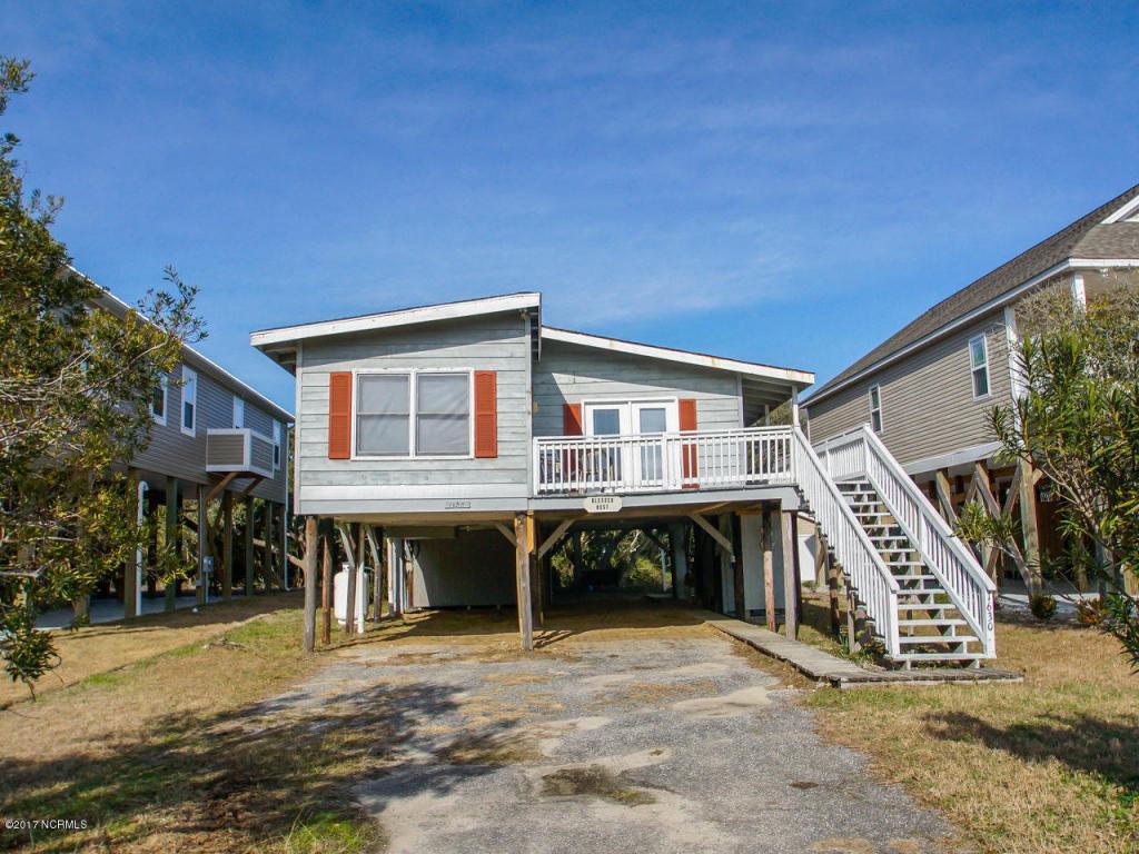1630 E Dolphin Drive, Oak Island, NC 28465 (MLS #100025247) :: Century 21 Sweyer & Associates