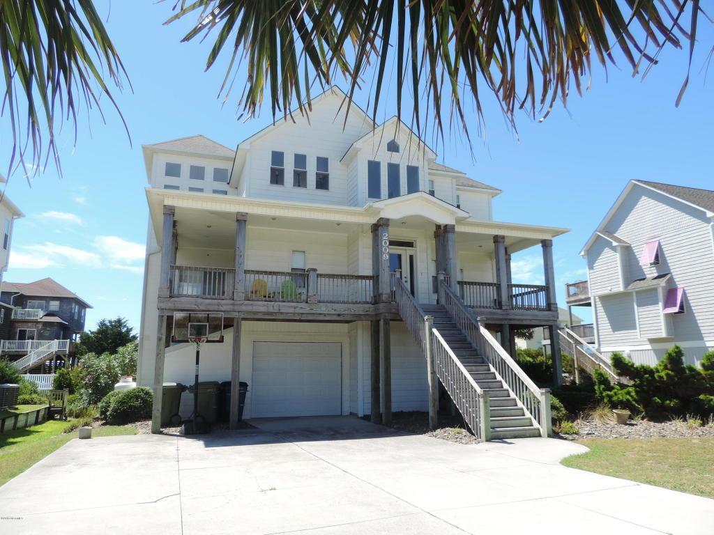2009 Emerald Drive, Emerald Isle, NC 28594 (MLS #100027841) :: Century 21 Sweyer & Associates