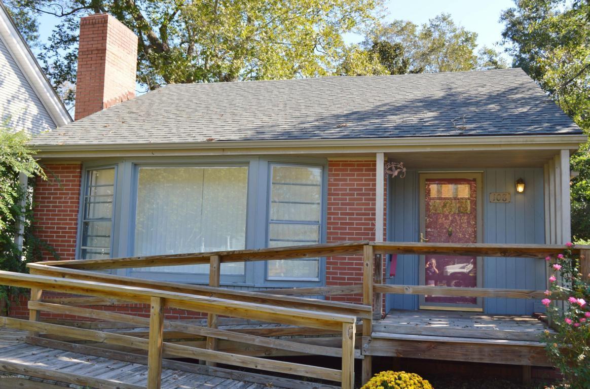 108 N Wright Street, Burgaw, NC 28425 (MLS #100029814) :: Century 21 Sweyer & Associates