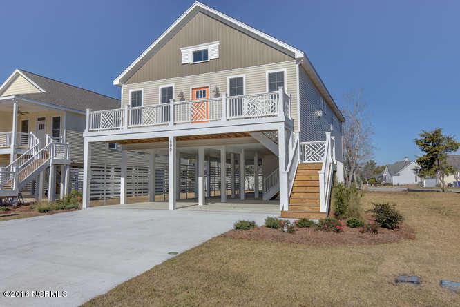 400 Ivy Lane, Carolina Beach, NC 28428 (MLS #100030816) :: Century 21 Sweyer & Associates