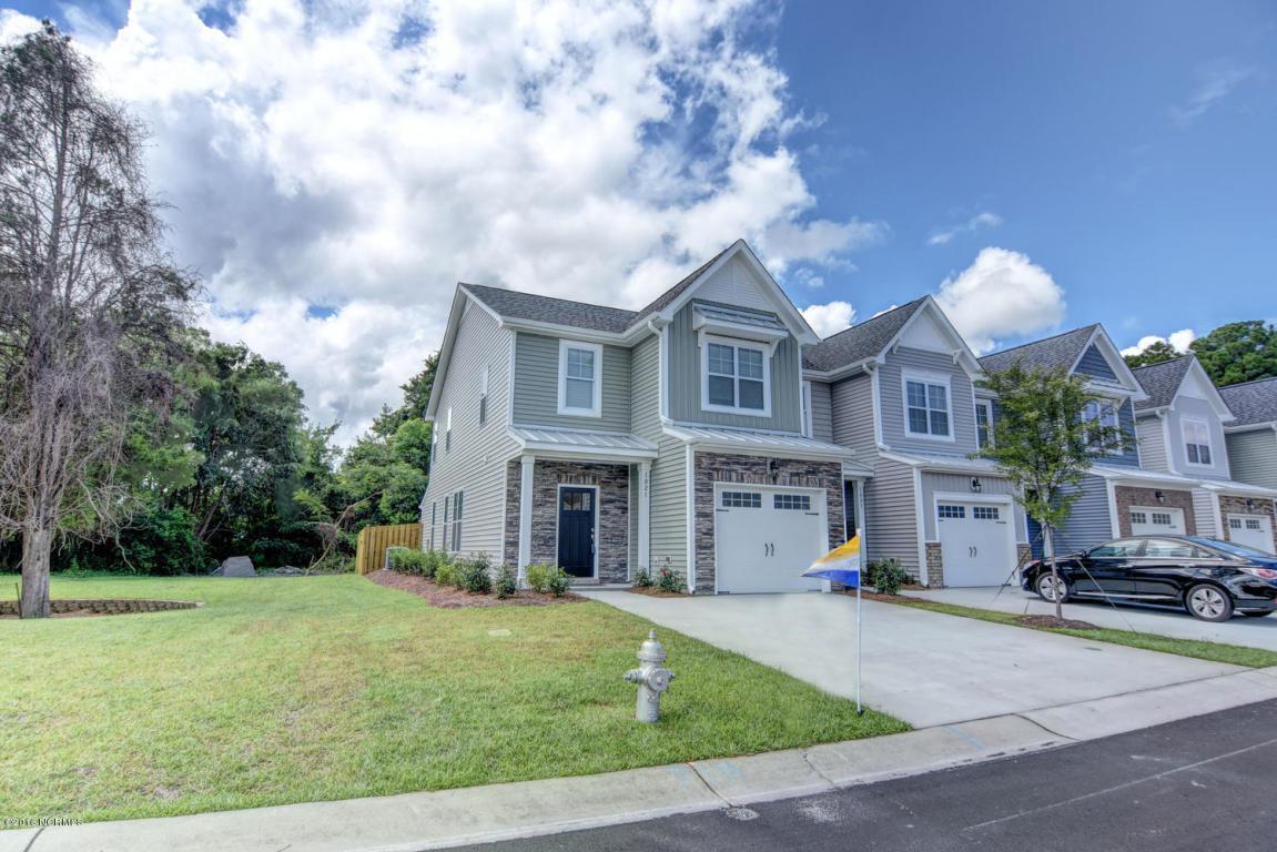 1005 Summer Woods Drive, Wilmington, NC 28412 (MLS #100032084) :: Century 21 Sweyer & Associates