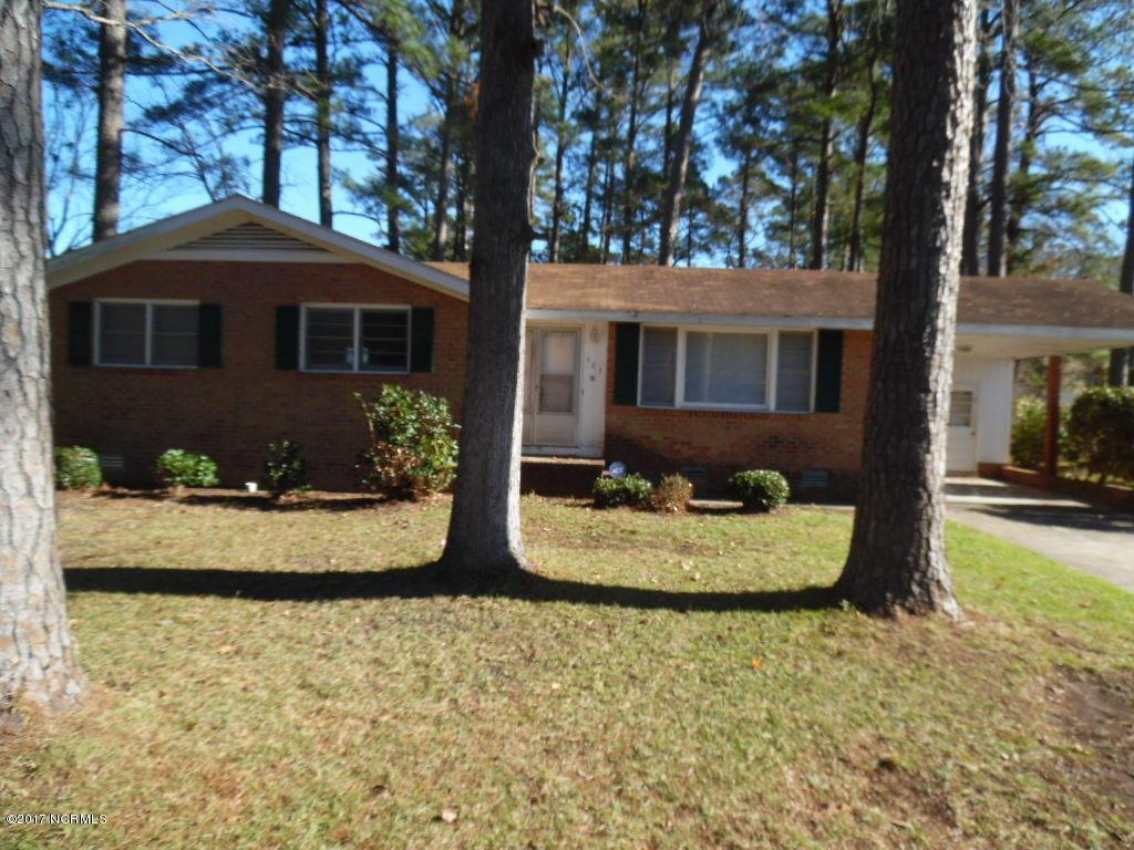 107 Country Club Drive, Jacksonville, NC 28546 (MLS #100033835) :: Century 21 Sweyer & Associates