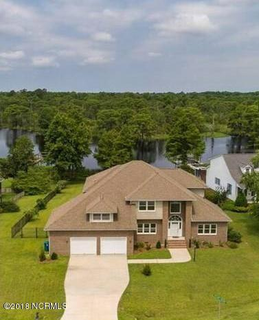 805 Trilliums Hideaway, Trent Woods, NC 28562 (MLS #100111575) :: The Keith Beatty Team