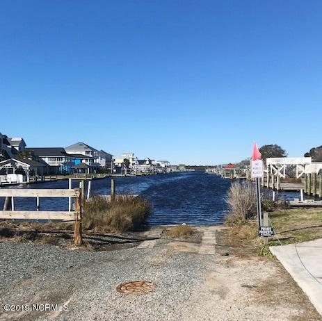 8020 8th Street, Surf City, NC 28445 (MLS #100146927) :: RE/MAX Essential