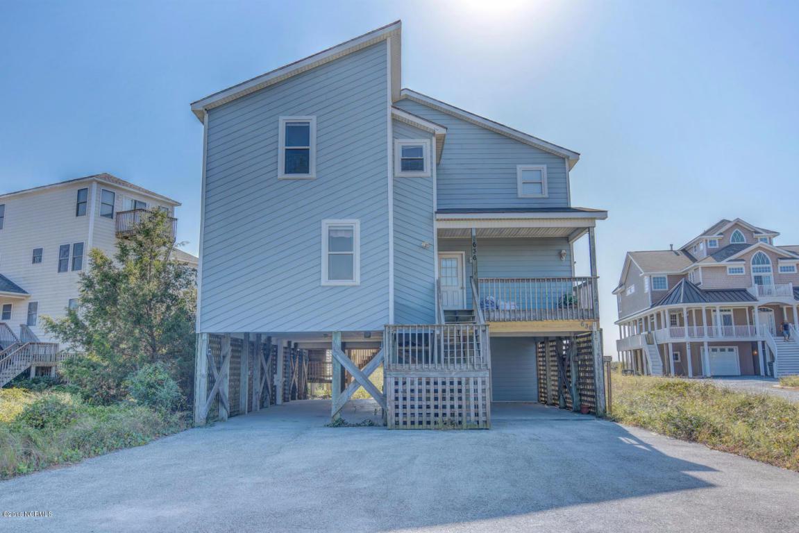 636 Hampton Colony Circle, North Topsail Beach, NC 28460 (MLS #40203521) :: Century 21 Sweyer & Associates
