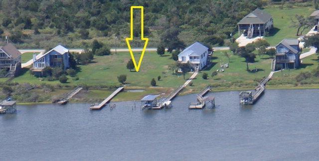 229 Waterway Drive, Sneads Ferry, NC 28460 (MLS #40205504) :: Century 21 Sweyer & Associates