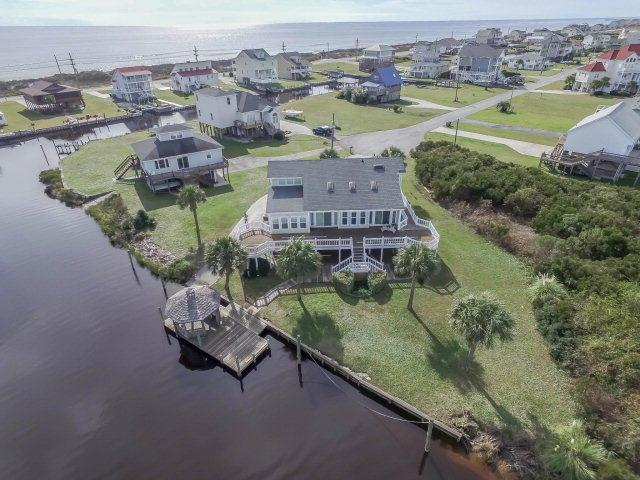 512 Trade Winds Drive N, North Topsail Beach, NC 28460 (MLS #40206843) :: Century 21 Sweyer & Associates