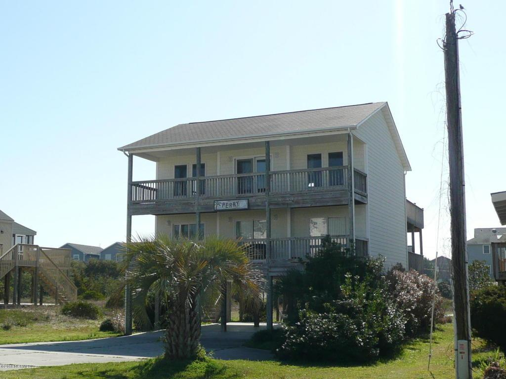 804 S Topsail Drive, Surf City, NC 28445 (MLS #40207700) :: Century 21 Sweyer & Associates