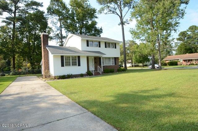 717 Christine Court, Jacksonville, NC 28540 (MLS #80152630) :: Century 21 Sweyer & Associates