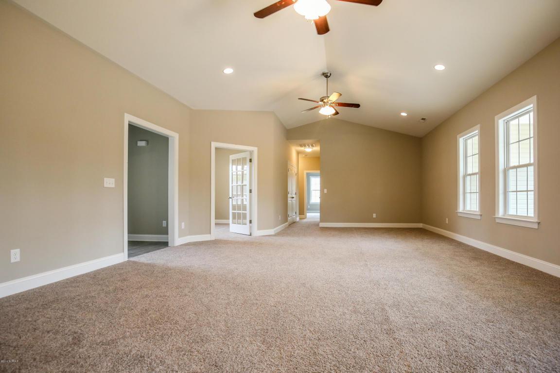 111 Ridgepath Lane, Hubert, NC 28539 (MLS #80176849) :: Century 21 Sweyer & Associates
