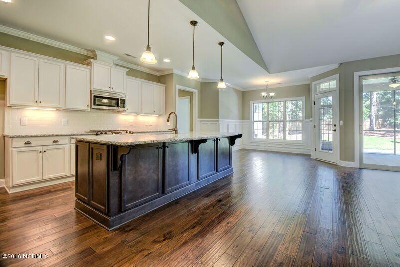 7187 Arbor Oaks Drive, Wilmington, NC 28411 (MLS #100003946) :: Century 21 Sweyer & Associates