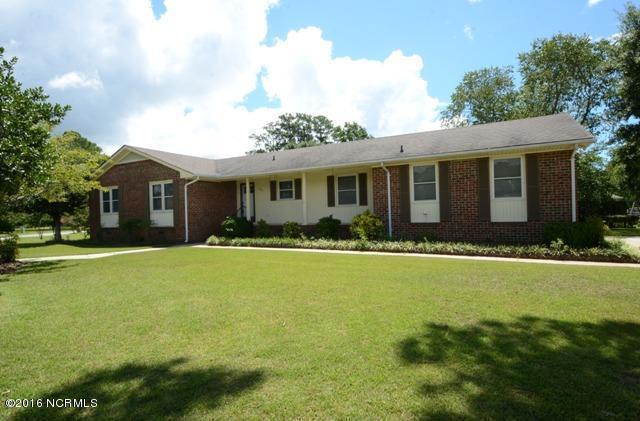 500 Thomas Drive, Jacksonville, NC 28546 (MLS #100017788) :: Century 21 Sweyer & Associates