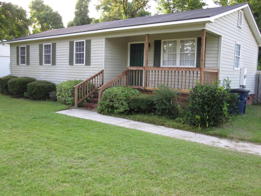 340 Collins Street, Jacksonville, NC 28540 (MLS #100025216) :: Century 21 Sweyer & Associates