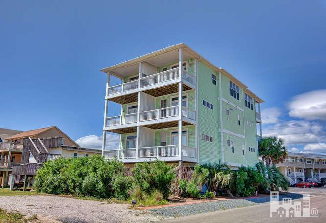 1418 Canal Drive #1, Carolina Beach, NC 28428 (MLS #100030487) :: Century 21 Sweyer & Associates
