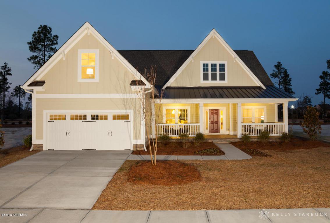 1360 Cross Water Circle, Leland, NC 28451 (MLS #30529125) :: Century 21 Sweyer & Associates