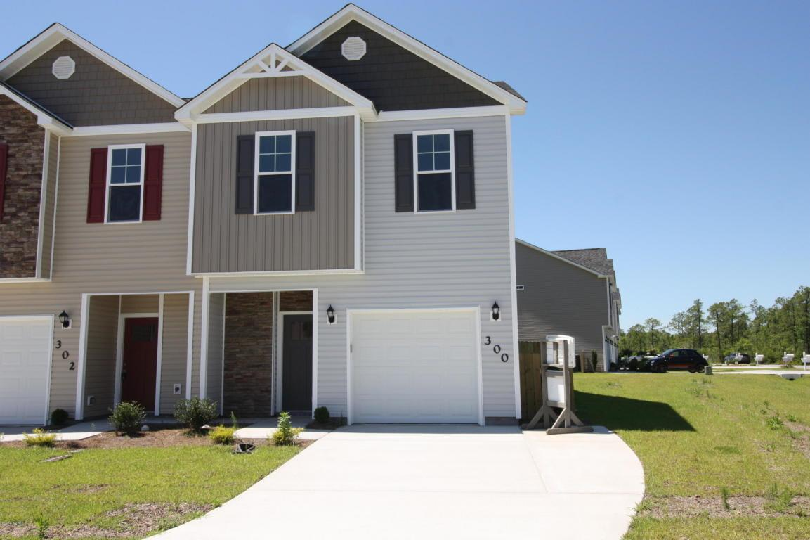 300 Frisco Way, Holly Ridge, NC 28445 (MLS #80170570) :: Century 21 Sweyer & Associates