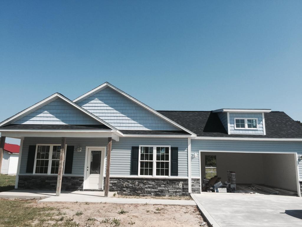 408 Haw Branch Road, Richlands, NC 28574 (MLS #80171251) :: Century 21 Sweyer & Associates